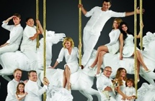 Modern Family S7 artwork